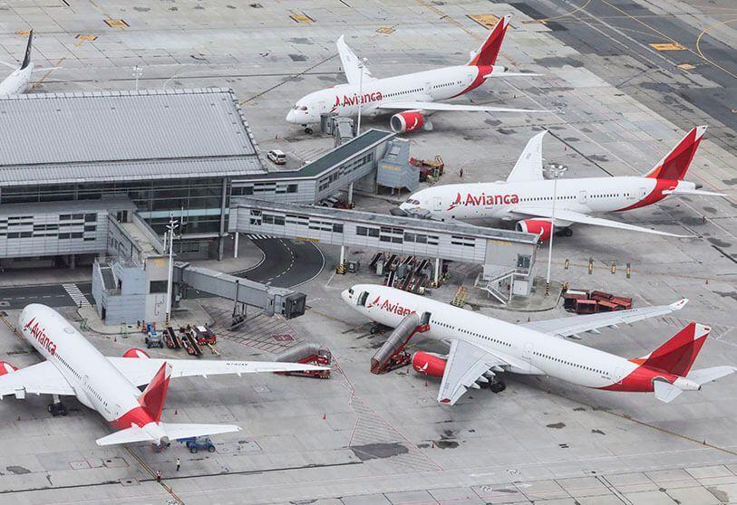 Explica Avianca bonificaciones a directivos